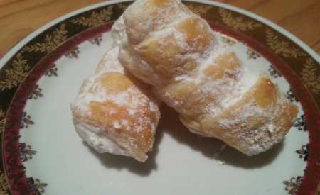 Kremrole s citrónovým sněhem