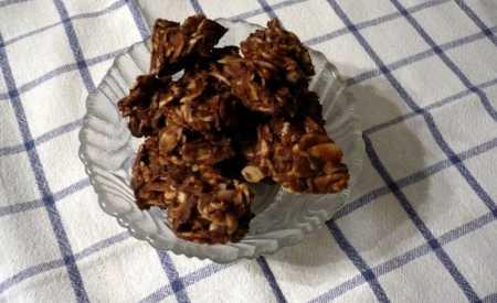 Čokoládové hrudky s amarettem a mandlemi