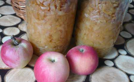 Diabetická jablka ve vlastní šťávě
