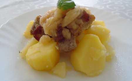 Vepřová kýta, krkovička, plecko s jablky