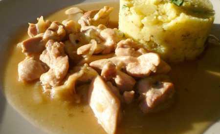 Kuřecí kostky na česneku