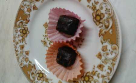 Čokoládové kousky s kandovaným ovocem