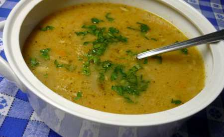 Bramborová polévka s houbami