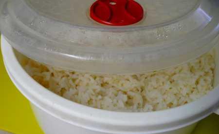 Expres rýže z mikrovlnky podle Ládi Hrušky