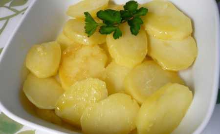 Dušené brambory