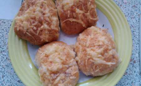 Sýrovo-slaninové housky