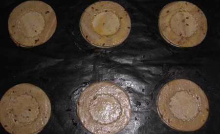 Košíčky z listového těsta s tuňákem a kapary (vol-au-vents)