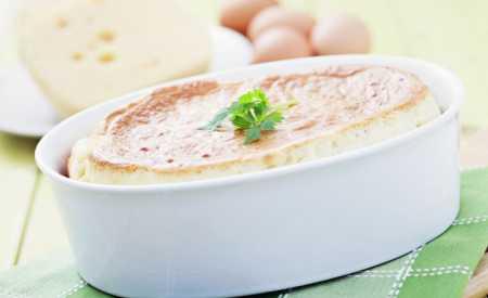 Alpské sýrové suflé