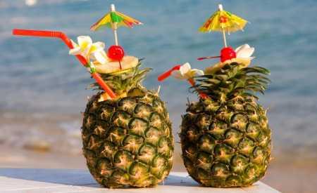 Ananasová ledová tříšť