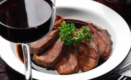 Biftek na víně