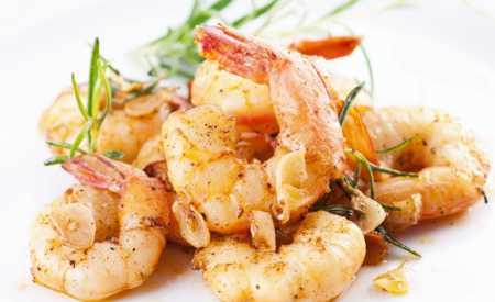 Citronové krevety s česnekem a pepřem