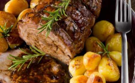 Grilované hovězí s marinovanými bramborami