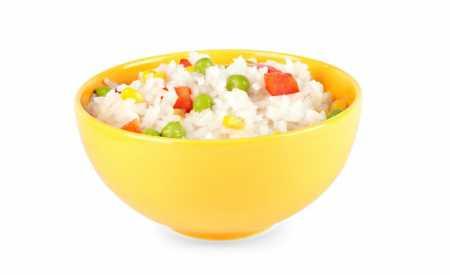 Jarní rýžový salát se zeleninou