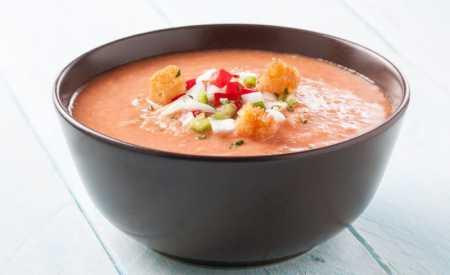 Jednoduché gazpacho