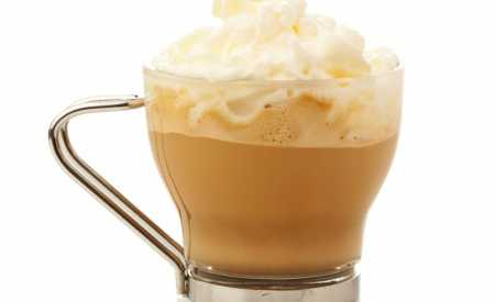 Káva s kokosovým mlékem