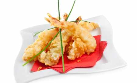 Krevety v rýžovém těstíčku s česnekovou pažitkou