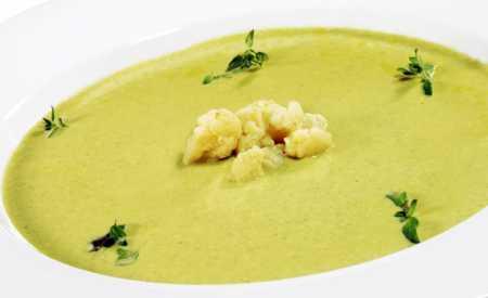 Květáková polévka jemná