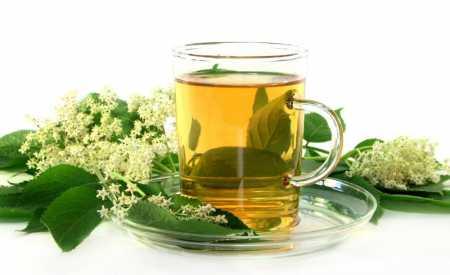 Léčivý čaj z květů černého bezu